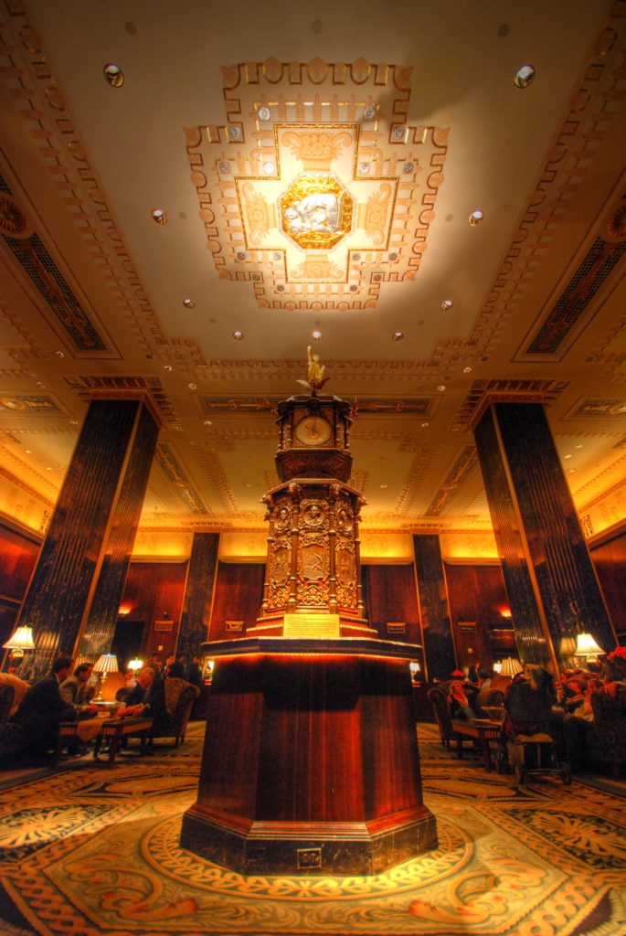 Waldorf-Astoria LobbyLobby del Hotel Waldorf Astoria | Autor: Chris Coleman - Flickr